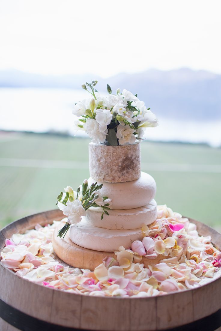 Wedding Cheese Cake from Whitestone Cheese, Oamaru, New Zealand
