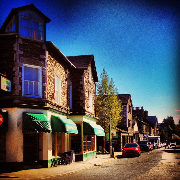 Windemere St: Life In Northern Towns : Windermere Town, Cumbria
