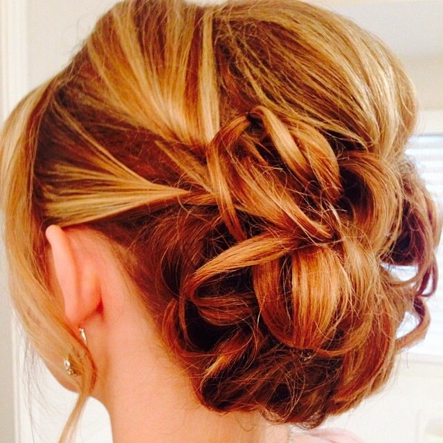 Medium Hairstyles For A Dance : I love her hair this would be perfect hairstyle for