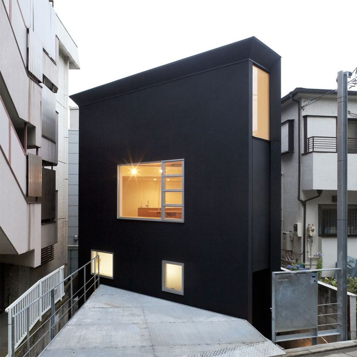 Gorgeous space saving OH house by Japanese firm Atelier Tekuto