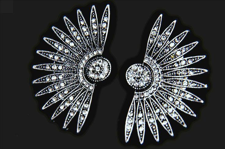 art deco earrings, gatsby earrings, starburst earrings,1920s roaring 20s gunmetal black crystal starburst earrings, great gatsby accessories by GoddessaDesires on Etsy https://www.etsy.com/listing/291519387/art-deco-earrings-gatsby-earrings