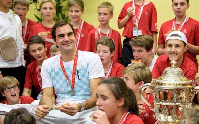 Roger Federer sweeps ATP World Tour Awards - India Today #757Live
