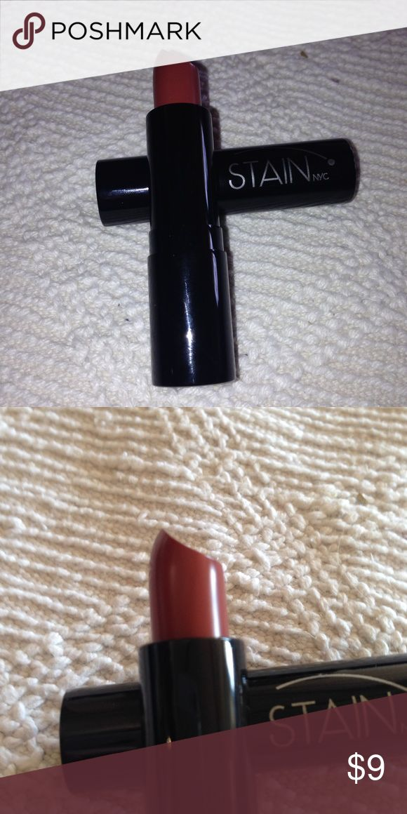 Luxury Matte Lipstick Vintage Rose Stain NYC professional Makeup line. High Quality. Brand New. First Photo is with flash (better true color picture), second is natural light with no flash: in order to provide accurate color depiction. To save money, message me regarding multiple items for one shipping charge. Or local pick up York, PA. Stain Makeup Lipstick