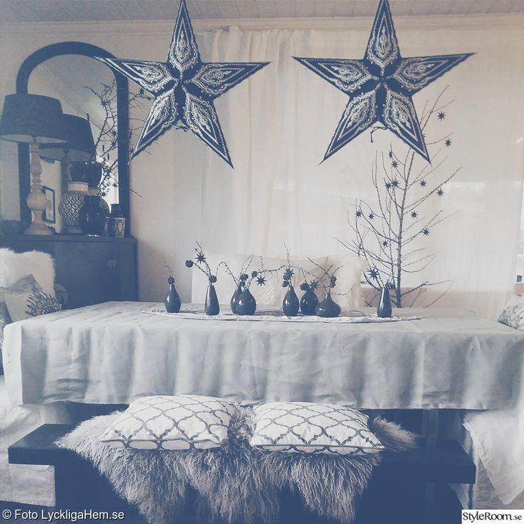 julstjärna,jul,vardagsrum,juldekoration,juldukning