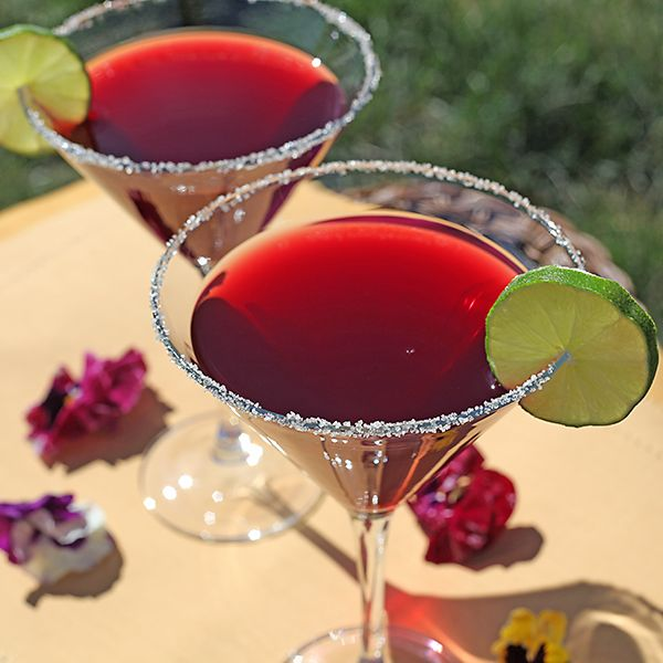 Classic & simple, just how we like it! Pomegranate Martinis
