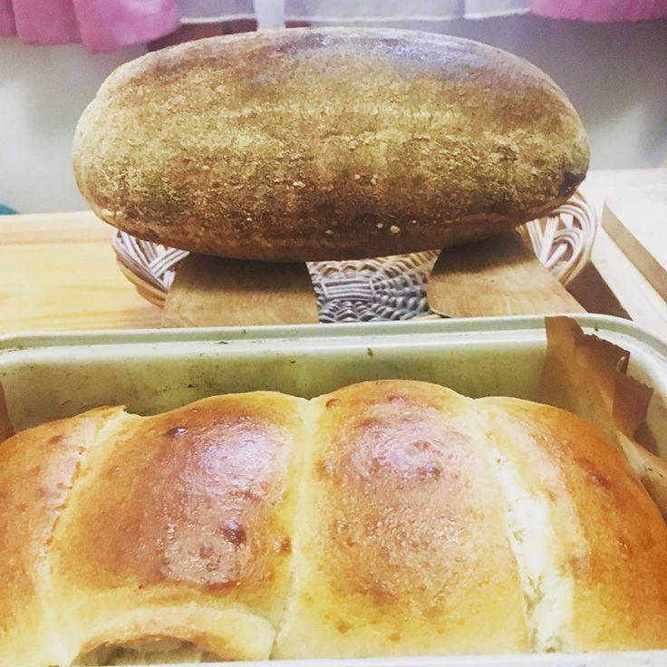 Napečené jest. Kváskový pšeničný chlieb metódou 1-2-3 a japonský chlieb hokkaidó.
