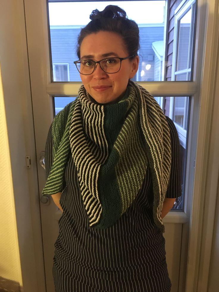 Retstrikket stribet sjal 🎀 Af  Elsemarie Asmussen