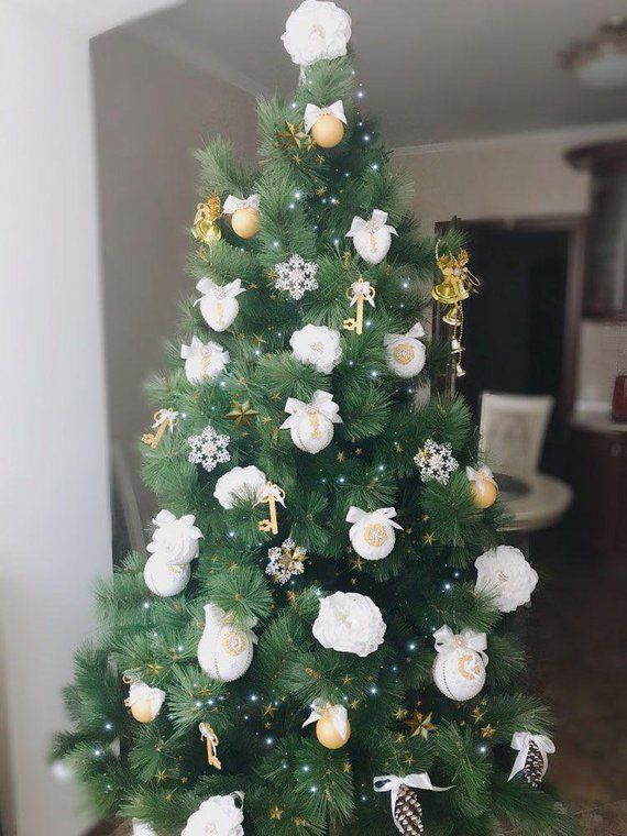 White Christmas Ornaments Set Christmas Tree Ornaments Etsy White Christmas Ornaments Pink Christmas Ornaments Handmade Christmas Ornaments