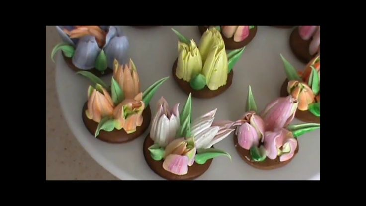 Russian piping tips / Tulips nozzles - YouTube