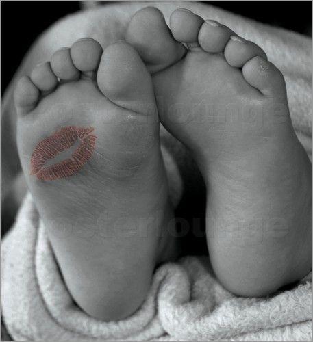 Baby Füsse Poster von Wonderful Dream Picture