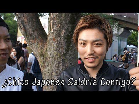 ¿Chicos japoneses saldrían con extranjeras? (Entrevista) - YouTube
