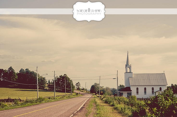 small white church in rural Ontario  www.samanthaerinphotography.com/blog