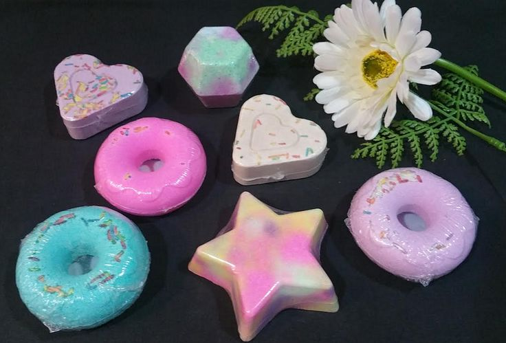 Assorted Bath bombs  * Pamper yourself  * Wholesale welcome * Wedding Gifts