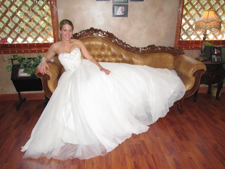 56 Best Mollies Wedding Images On Pinterest: 235 Best Bride's Chaise Lounge Shots Images On Pinterest
