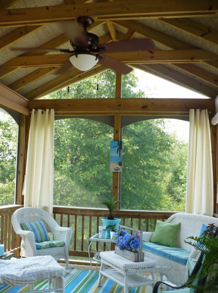 Someday I'm going to have a screened-in porch. And I'm going to get Manuela to help me decorate it! I love her style!