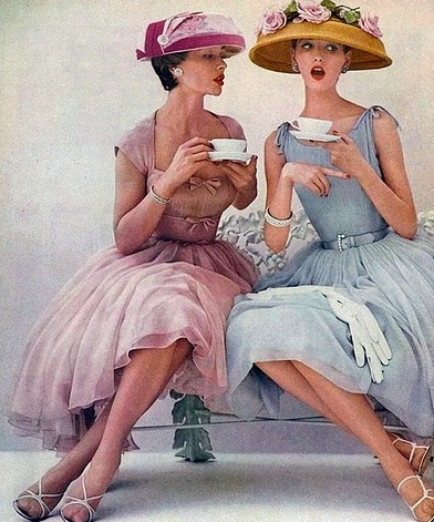 I would totally be okay with hats coming back into everyday style.