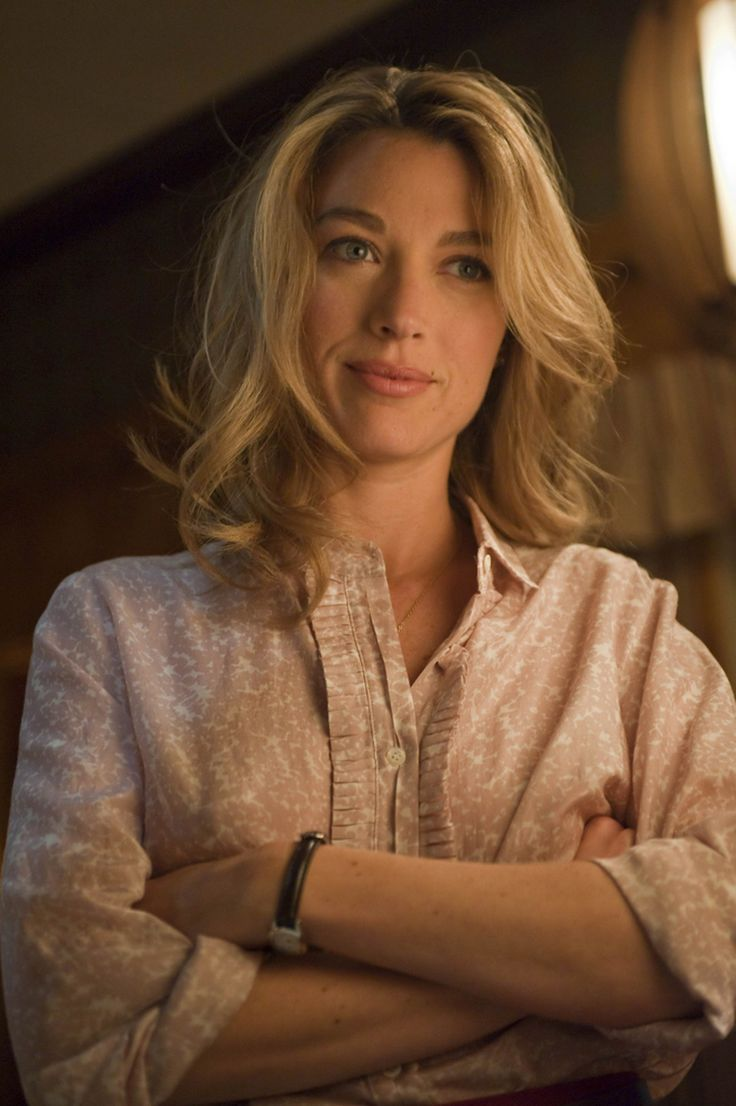 Natalie Zea as Winona in Justified