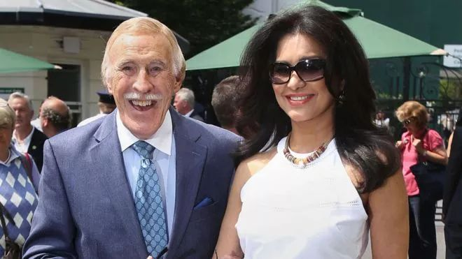 Sir Bruce Forsyth's wife recalls worrying moment they made decision to operate on TV legend
