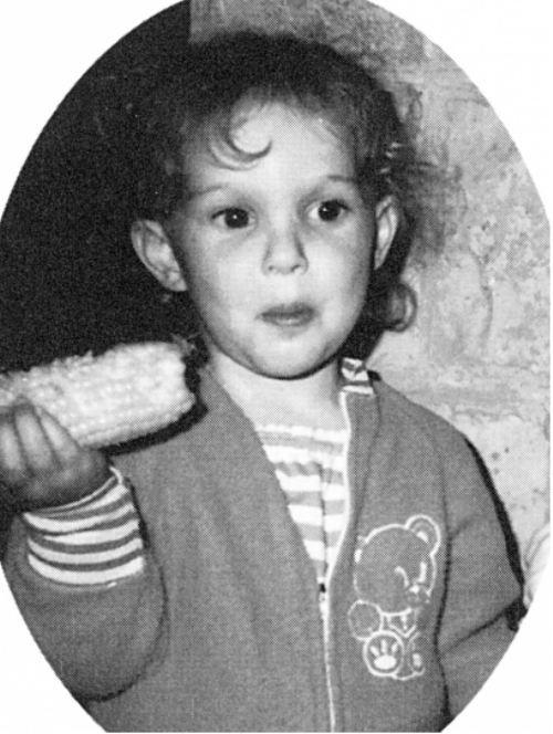 young-celebs- Natalie Portman