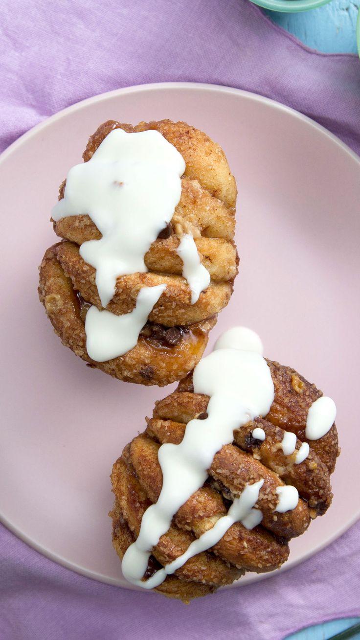 Chocolate Cinnamon Pull-Apart Muffins