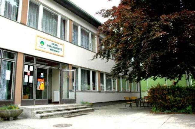 Soproni Gyermek- és Ifjúsági Tábor, az Erdő Háza, 1. kép - Sopron