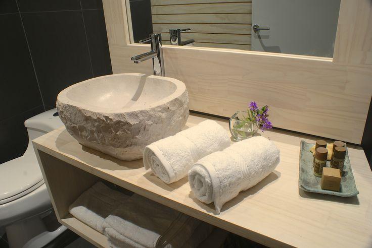nuestros diseños de baños en www.barricalodge.cl en Sta. Cruz