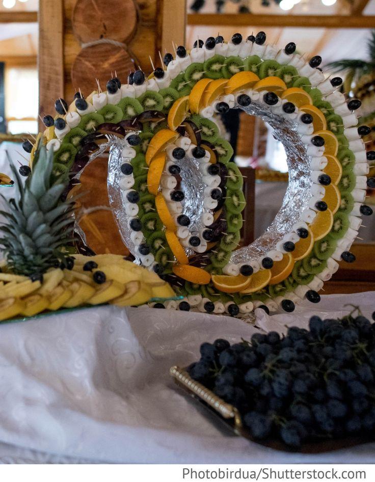 Obstbuffet zur Hochzeit - Eheringe Form
