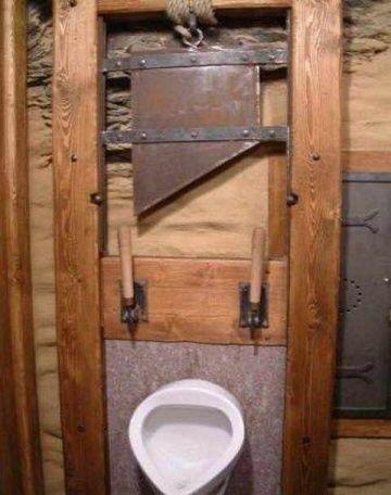 Смешной ишокирующий дизайн туалетов