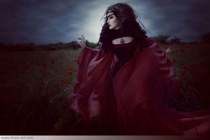 Viona-Art   contemporary romantic photography & art direction