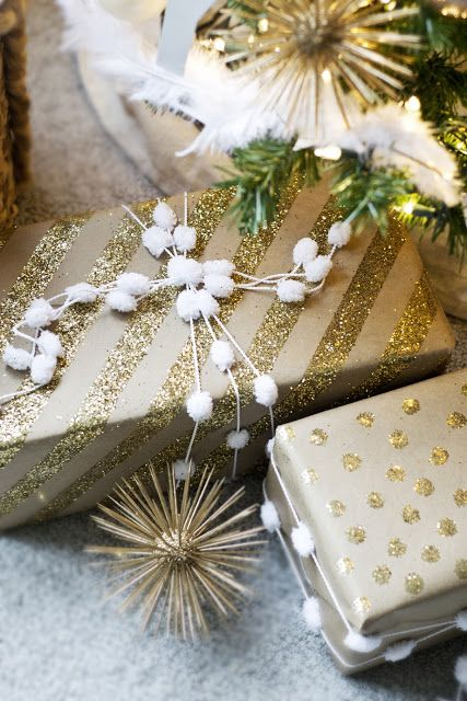 DIY Glitter Wrapping Paper!