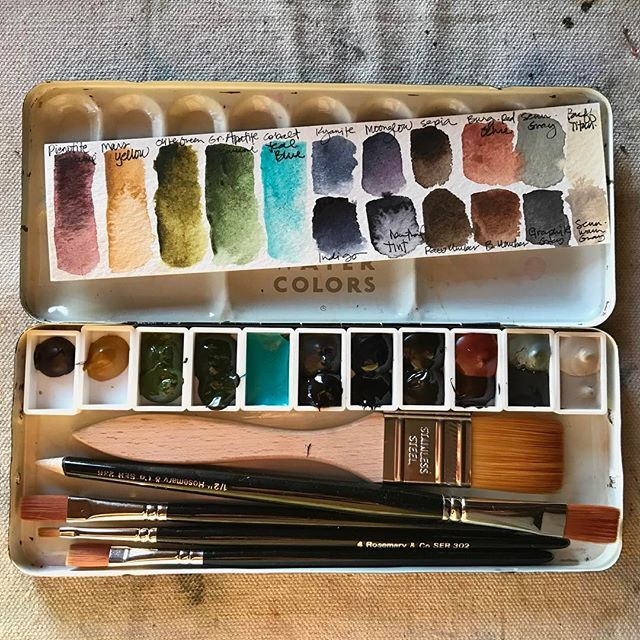 A brand new watercolor palette I created for a specific use. Hoping to get outside today and give it a try. #watercolorpalette #watercolor #art #rosemarybrushes #danielsmithwatercolors