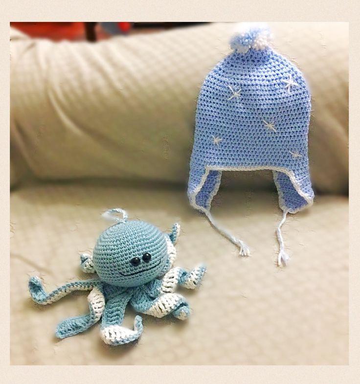 Woody il polipetto con un cappellino per il piccolo Leo.  Pattern free http://www.thefriendlyredfox.com/2016/02/amigurumi-octopus-baby-toy-free-pattern.html?spref=pi&m= http://www.garnstudio.com/pattern.php?id=6616&cid=4