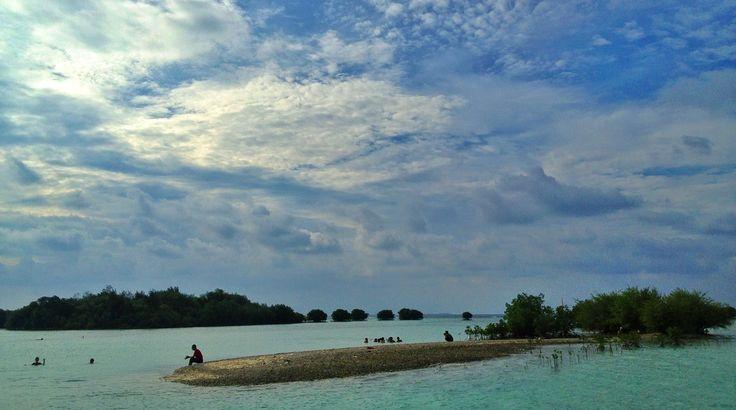 Pantai Pasir Perawan (kep. seribu)
