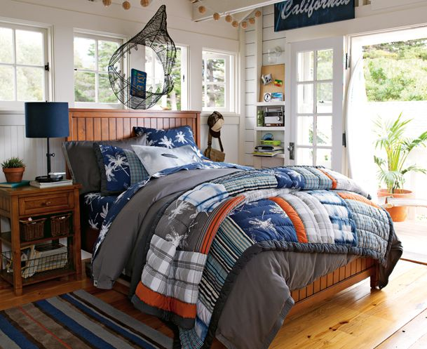 89 best images about teen boy bedrooms on pinterest for Surfers bedroom design
