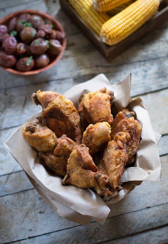 """Receta 830: Pollo aliñado, al horno y después frito » 1080 Fotos de las míticas y deliciosas """"1080 recetas de cocina"""" de Simone Ortega"""