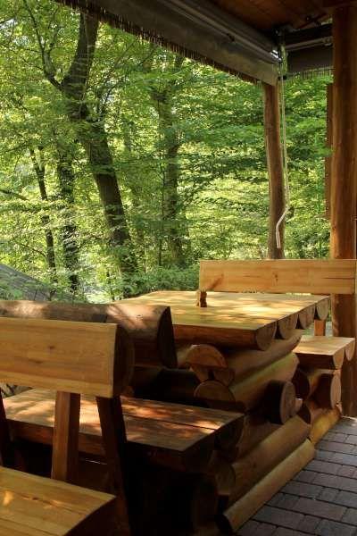 Tavoli di legno della ns griglieria e birreria