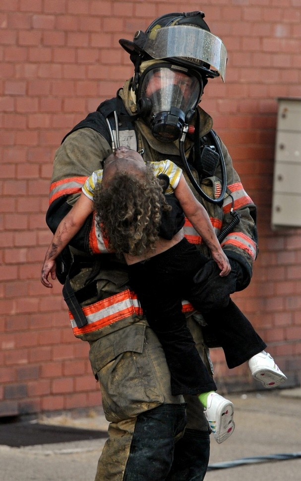 firefighters rescue What we do the fairfax county fire and rescue department is a combination career and volunteer organization providing fire suppression, emergency medical, technical rescue, hazardous materials, water rescue, life safety education, fire prevention and arson investigation services.