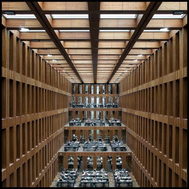Berlin-new university library