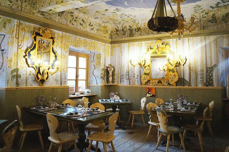 Die schönen Berglandschaften und Seen in Österreich verzaubern einen im Nu. Für euch haben wir ein paar österreichische Fun Facts gesammelt, die ihr vielleicht noch nicht kennt. Have fun! 1.Adelstitel […]