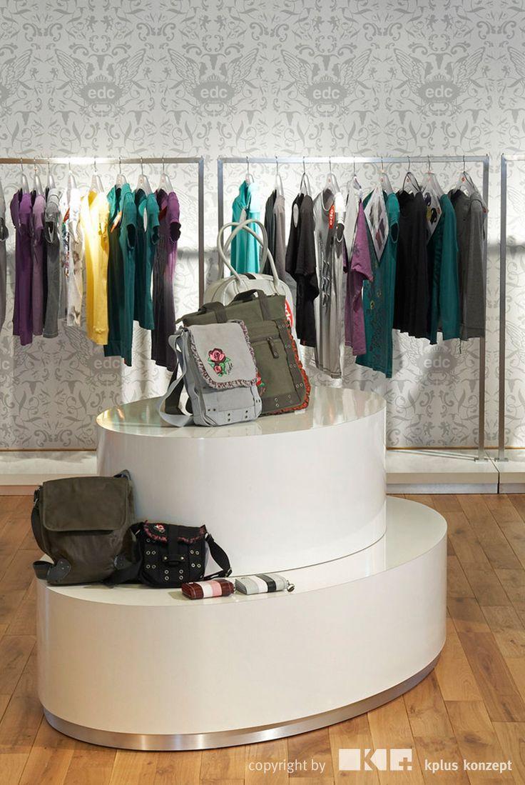 Esprit Showroom Sindelfingen - kplus konzept GmbH - http://kplus-konzept.de