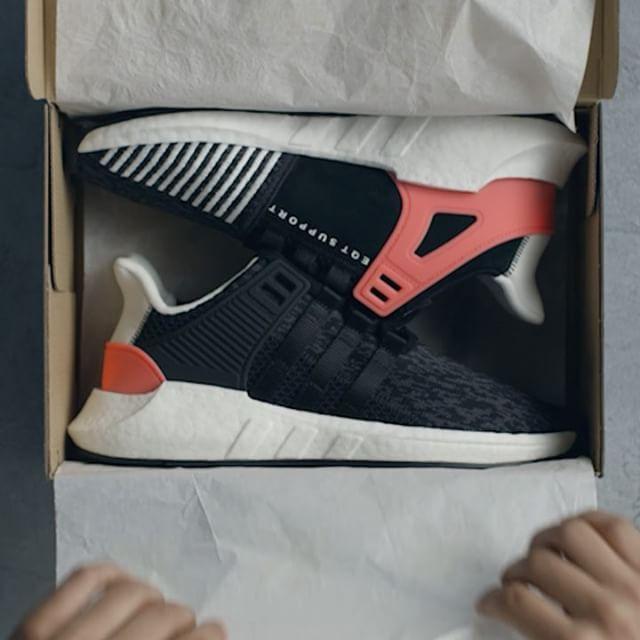 adidas eqt support 93 17 triple nero