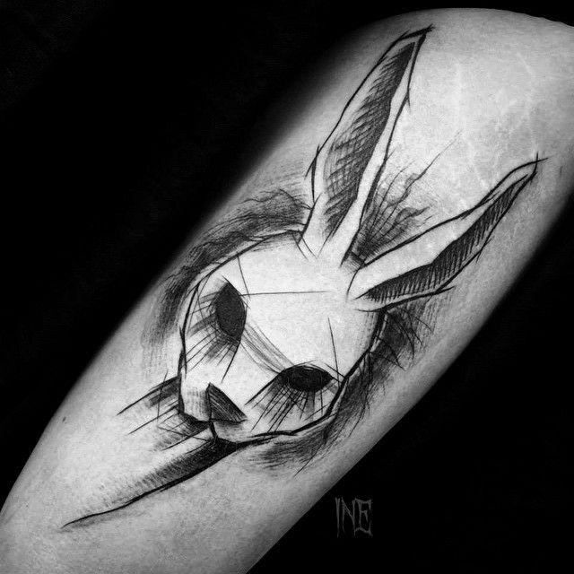 #tattoo #tattrx #darkartists #schwarz #schwarzarbeit #schwarzerTattoo #schwarzarbeiter #schwarzarbeitersubmission #schwarztattoomag #schwarztattooart #sketch #btattoing ♠ ️