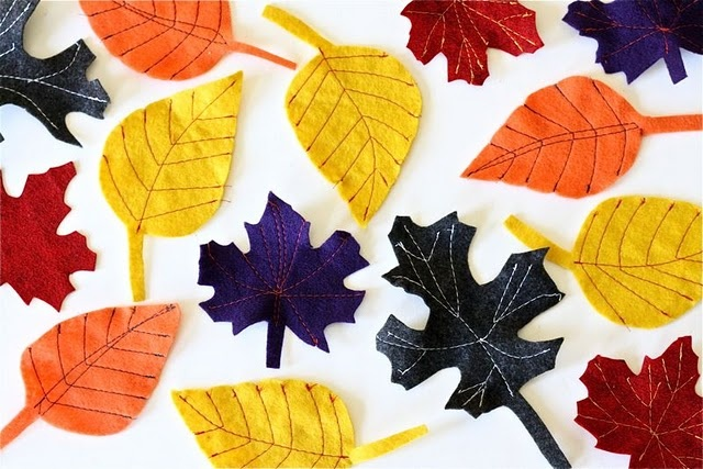 felt leaves by http://www.dana-made-it.com/2008/07/tutorial-fall-felt-leaves.html