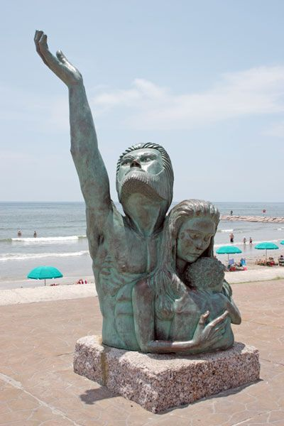 1900 Storm Memorial, Galveston, worst natural disaster in the US.