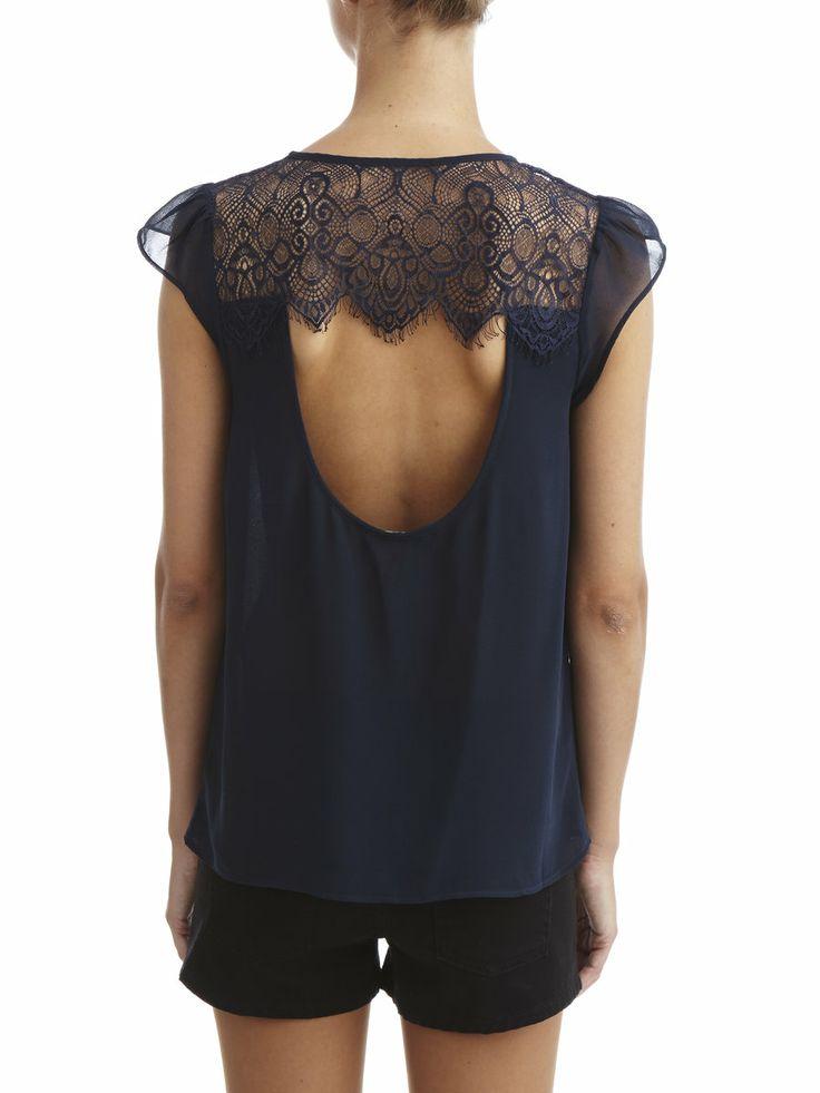 Beautiful back with Lace #Vilaclothes #Vila #Lace