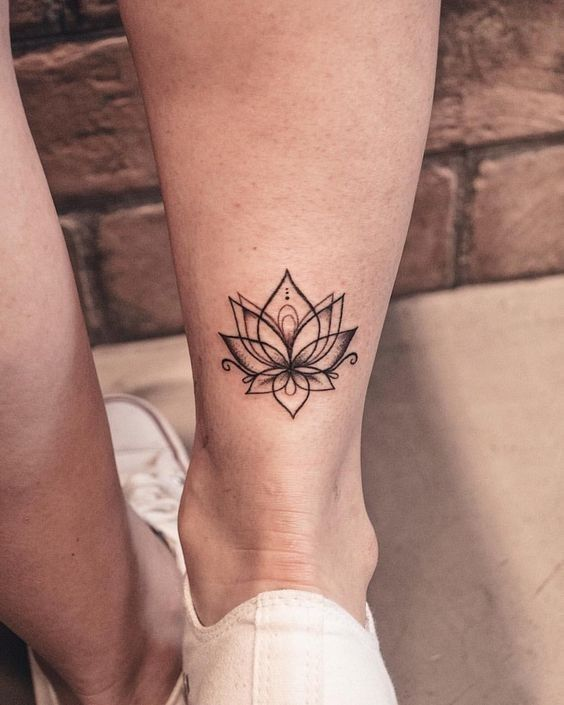 Lower Leg Small Tattoos For Females : lower, small, tattoos, females, Simple, Small, Tattoos, Women, Tattoo, Designs, Ideas