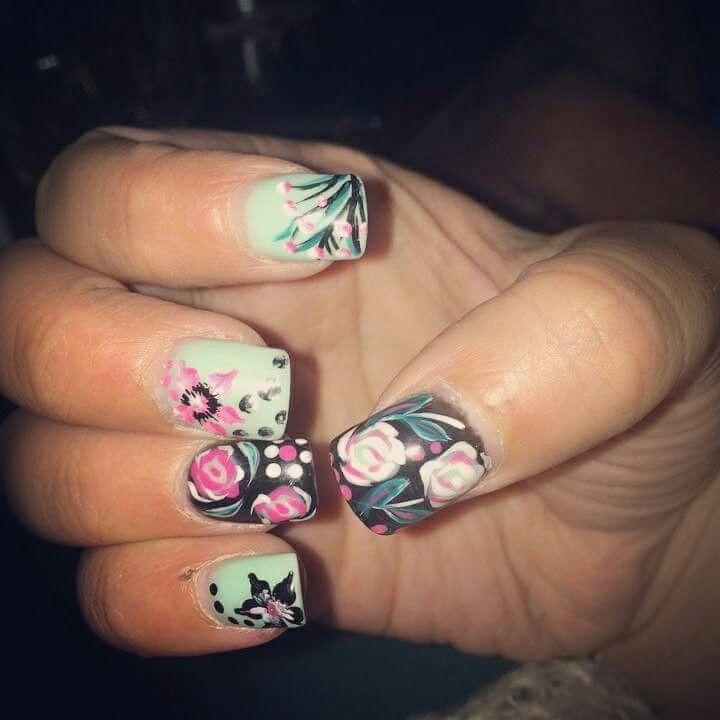 #floral #nails #nail_art #spring #summer #nail_design #2015