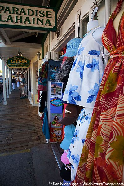 ✮ Lahaina , Maui, Hawaii...we did alot of shopping in these stores.
