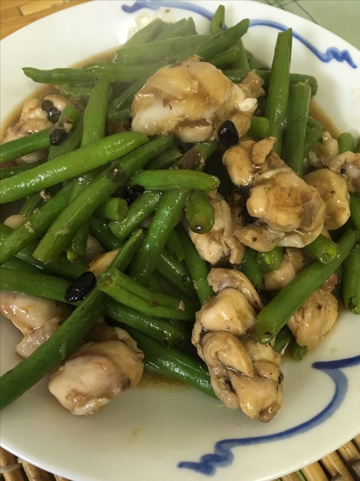 Green beans and chicken thighs and drumsticks