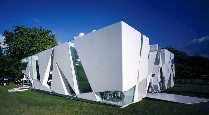 Cette année, la galerie londonienne a confié la réalisation de son pavillon éphémère aux architectes espagnols José Selgas et Lucia Cano. Le pavillon par Toyo Ito (2002)